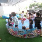 武蔵ヶ丘北小「夏休み中のプール遊び」